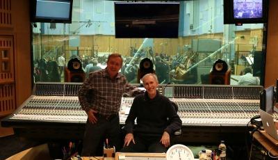 Mark McKenzie y Gordon Johnson en Abbey Road Studios