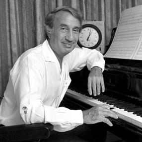 Alex Nort (componiendo)