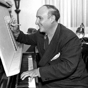 Dimitri Tiomkin componiendo