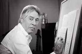 Alan Silvestri componiendo