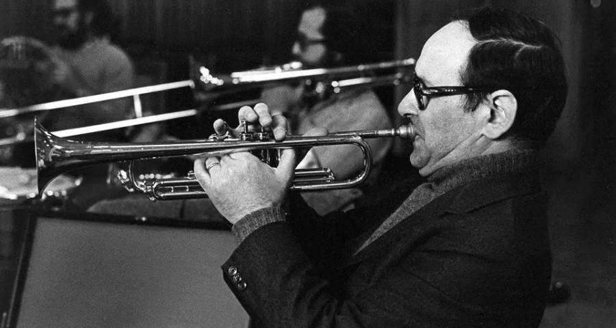 Ennio Morricone-con la trompeta