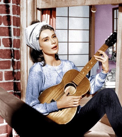 Breakfast-Tiffany-Audrey-Hepburn