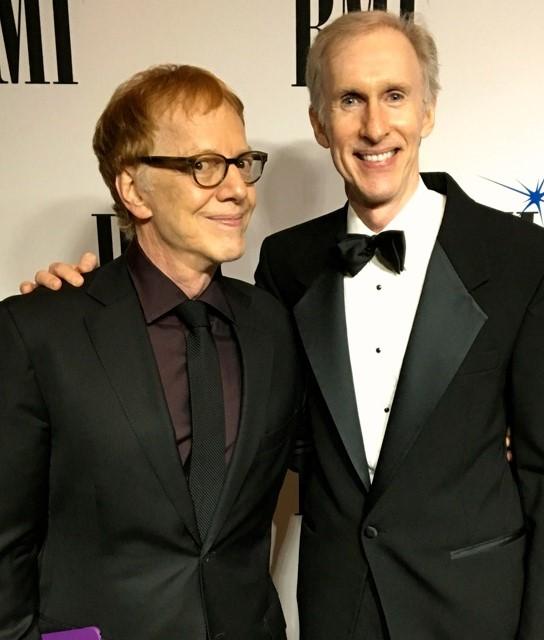 Mark McKenzie con Danny Elfman